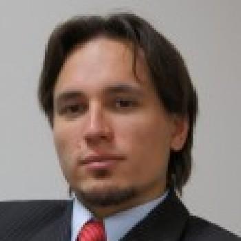 Павел Салас